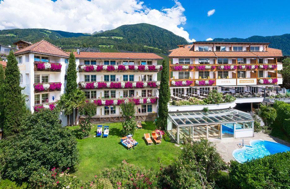 Hotels Kalterer See Innen Und Aussenpool