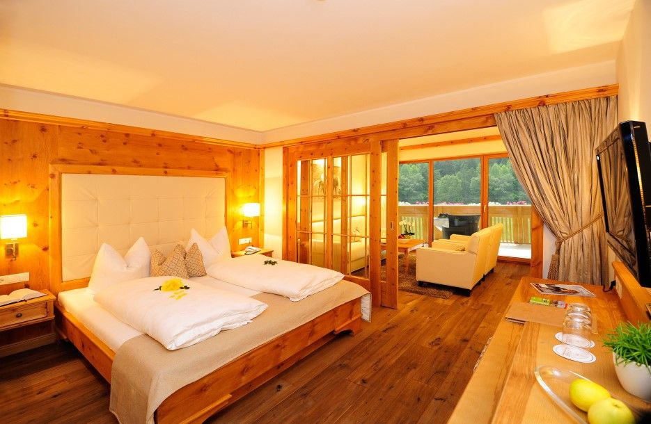 hotel sulfner in hafling s dtirol 4 sterne hotel. Black Bedroom Furniture Sets. Home Design Ideas