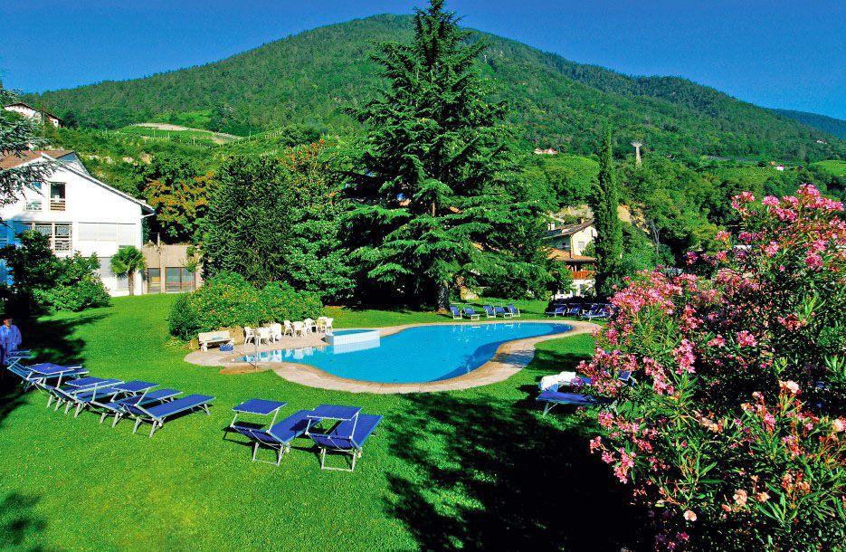 Hotel kr llnerhof in lana s dtirol 3s sterne hotel for Hotel in lana sudtirol