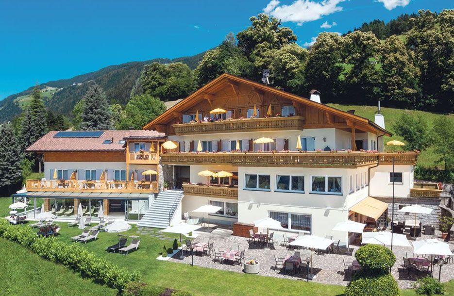 hotel mitlechnerhof in schenna s dtirol 3 sterne hotel. Black Bedroom Furniture Sets. Home Design Ideas